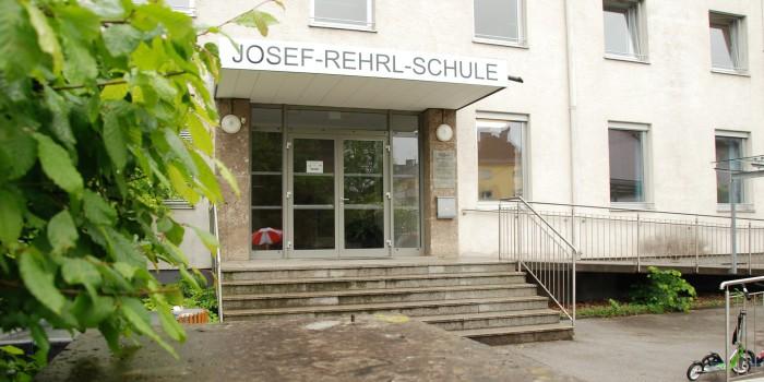Exklusiv: 975.000 Euro Miete für die Rehrl-Schule?