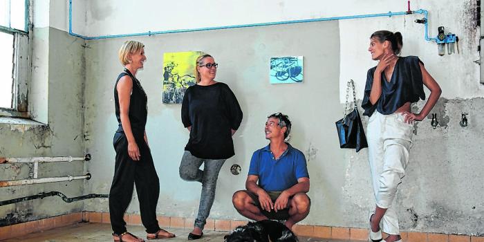 Coole Kunst Pop Up Galerie In Der Trumer Brauerei Salzburger Fenster