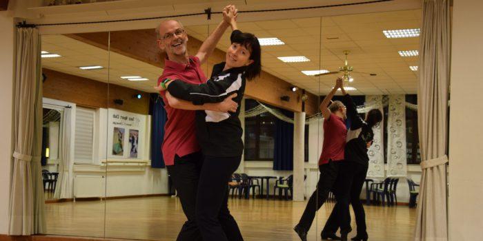 Ballsaison: Tänzer zum Mieten