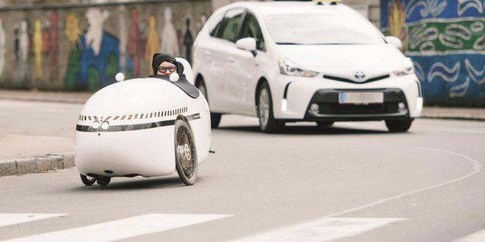 "Velomobil: ""Mango"" verblüfft Salzburgs Autofahrer"
