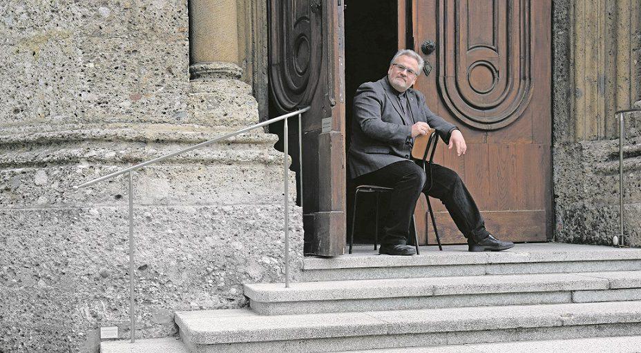 Salzburger Pfarre vergibt Bettel-Tickets