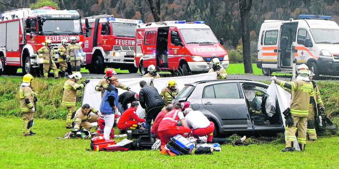 Handy hinterm Steuer verursacht schon jeden dritten Unfall