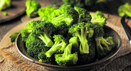 Brokkoli: Es bröselt im Gemüsebeet
