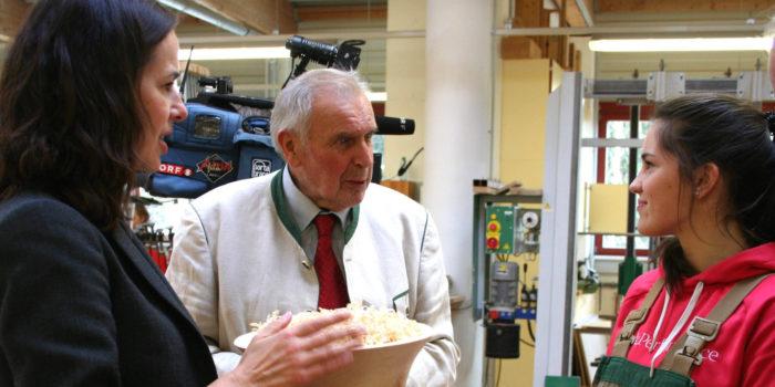 Der SF-Ombudsmann hilft Lehrlingen