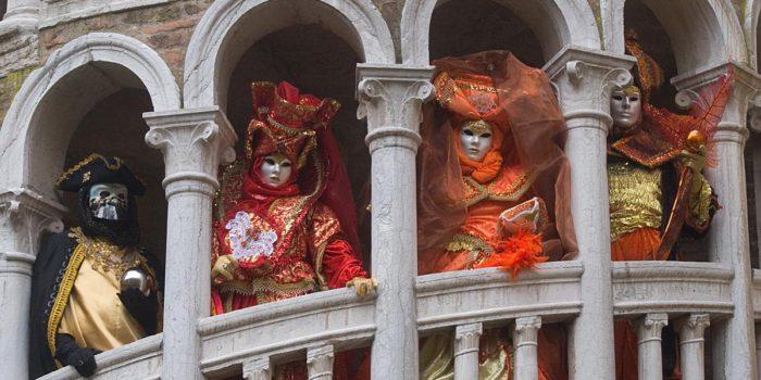 Schöne Maskerade: Auf zum Karneval!