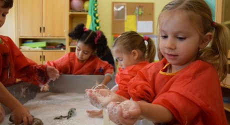 Von der Seife lernen: Kinder erforschen die Welt