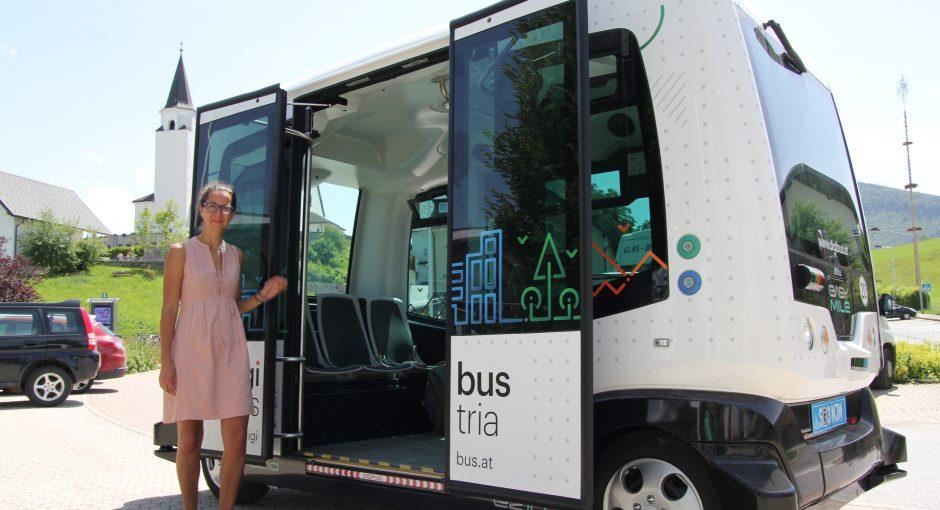 Fahrerlose Busse und Autos